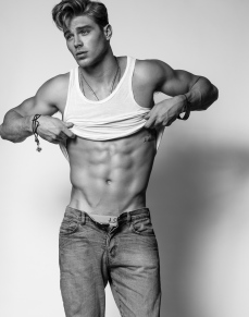 male-model-matthew-noszka-photos-04122015-26